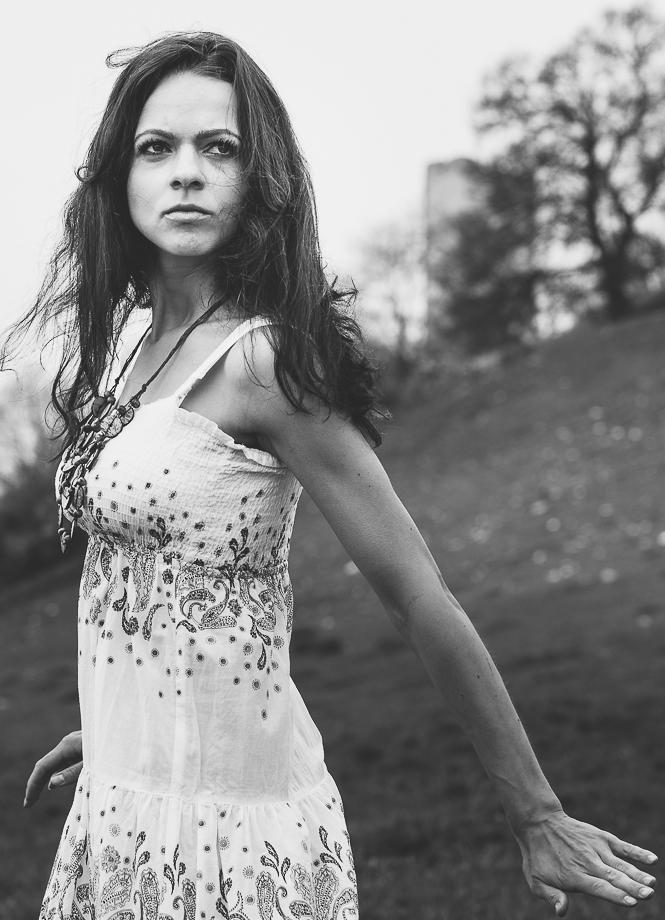 Portraitserie outdoor schwarzweiss Bildserie